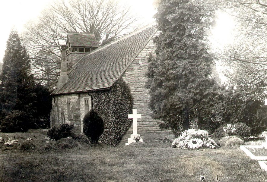 Exterior view of St Mary's Church and churchyard, Bearley.  1900s |  IMAGE LOCATION: (Warwickshire County Record Office)