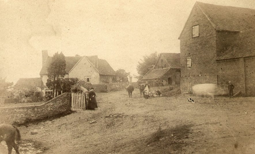 Mobbs Farm, Buckley Green, Beaudesert.  1904 |  IMAGE LOCATION: (Warwickshire County Record Office)