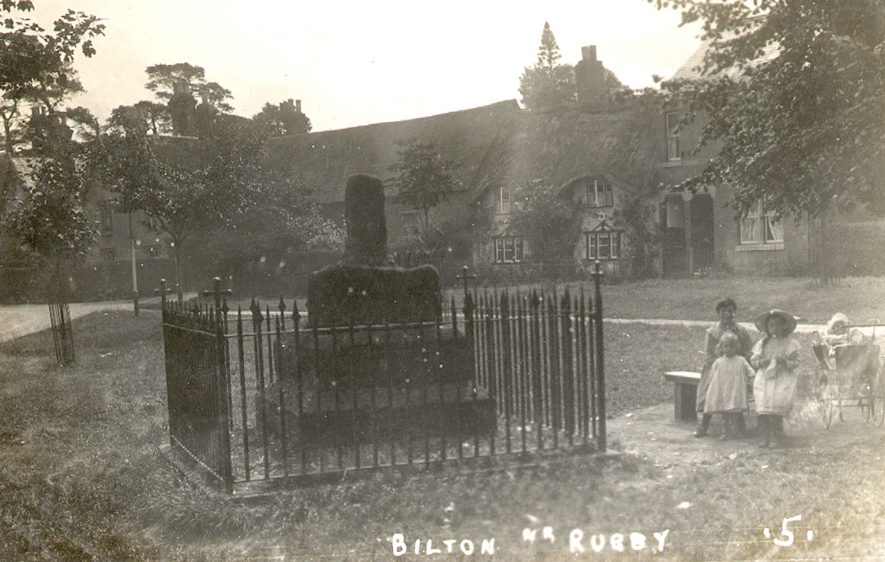 Bilton village green with the cross.    IMAGE LOCATION: (Warwickshire County Record Office)