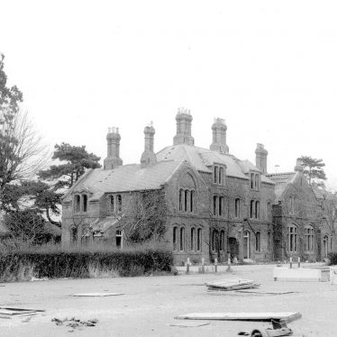 Budbrooke.  Barracks