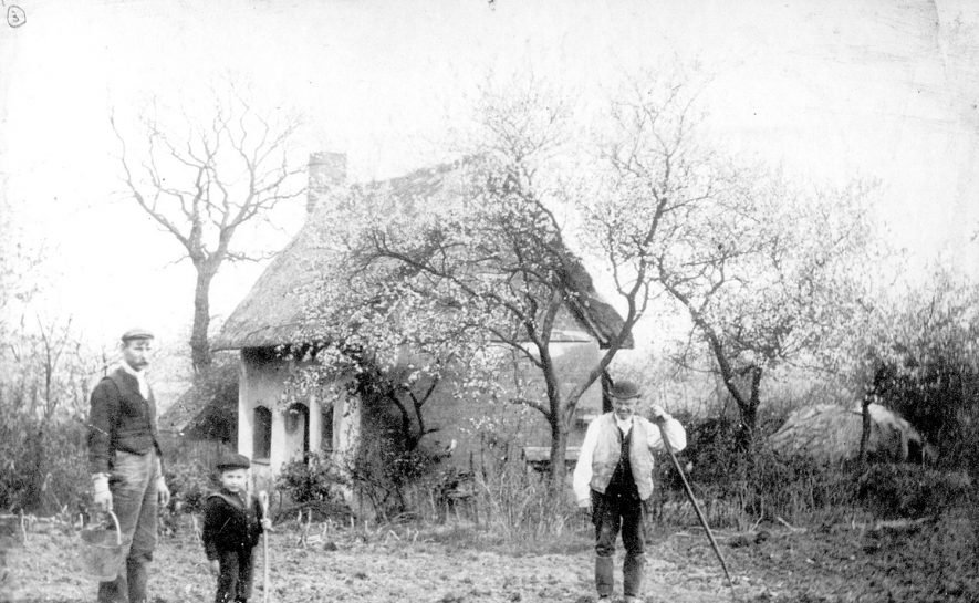 Hilltop Cottage, Hampton on the Hill.  1910s |  IMAGE LOCATION: (Warwickshire County Record Office)