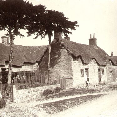 Harbury.  Thatched cottages