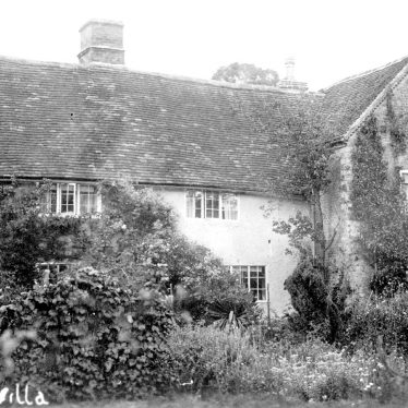 Haselor.  Walcote Villa