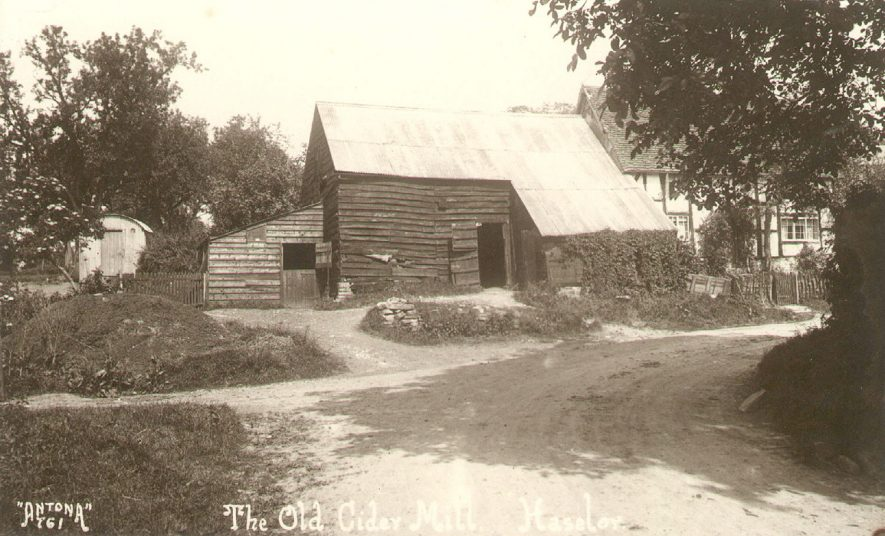 The Old Cider Mill, Haselor.  1910 |  IMAGE LOCATION: (Warwickshire County Record Office)