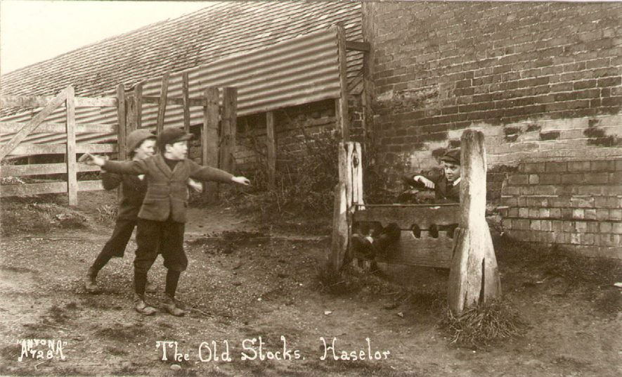 The Old Stocks, Haselor.  1910 |  IMAGE LOCATION: (Warwickshire County Record Office)
