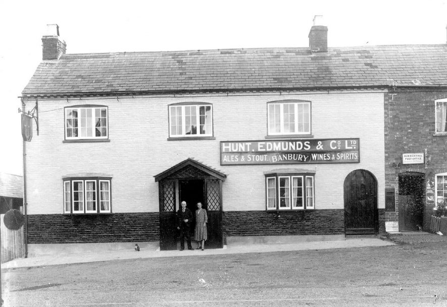 Front view of Three Horseshoes Public House, Bubbenhall, with sign on wall reading