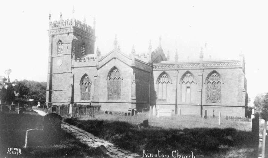 Exterior of the church of St Peter, Kineton.  1920s |  IMAGE LOCATION: (Warwickshire County Record Office)