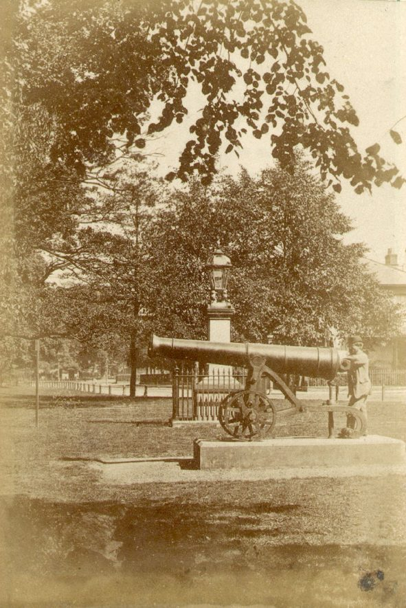 A large Russian cannon captured at Sebastopol displayed in Holly Walk, Leamington Spa.  1870 |  IMAGE LOCATION: (Warwickshire County Record Office)