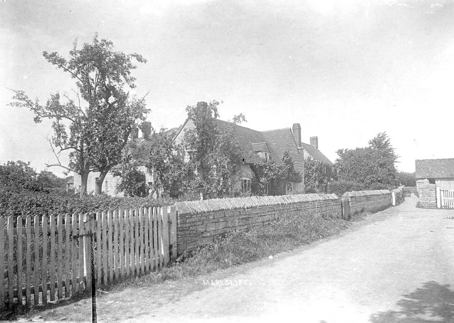 A large detached house, most probably a farmhouse in Marlcliff.  Circa 1910
