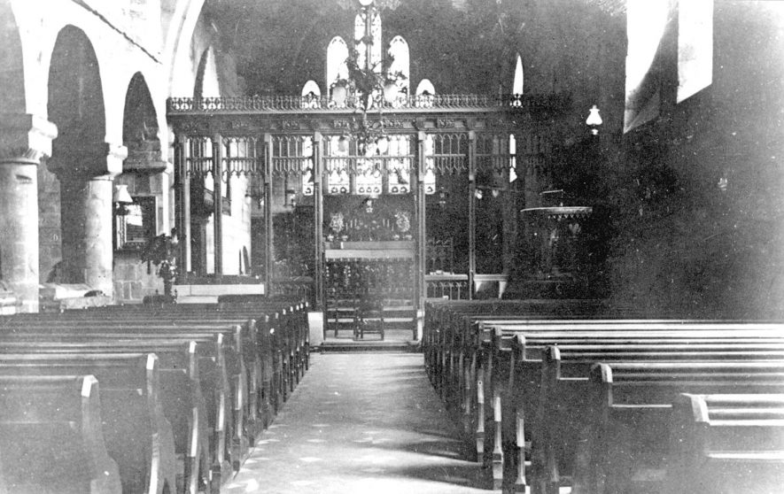 Polesworth parish church interior.  1920s |  IMAGE LOCATION: (Warwickshire County Record Office)