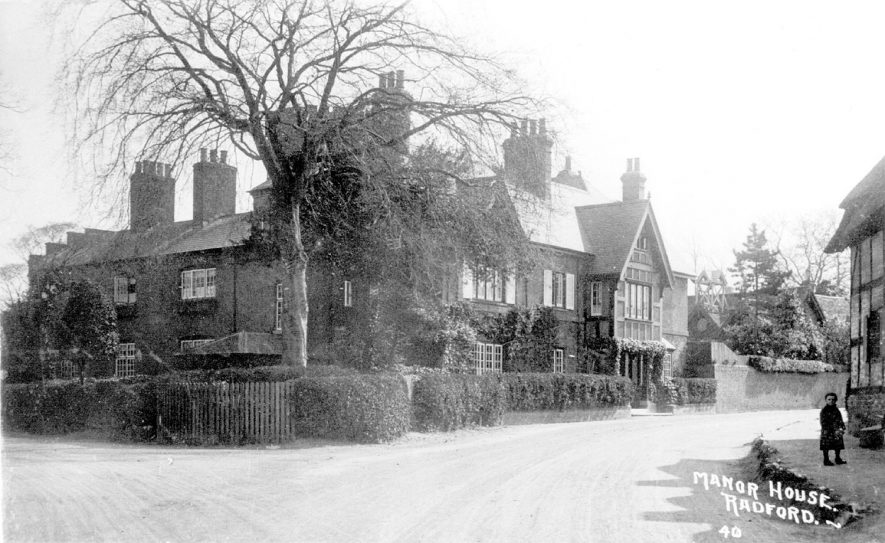 Manor House, Radford Semele.  1910s |  IMAGE LOCATION: (Warwickshire County Record Office)