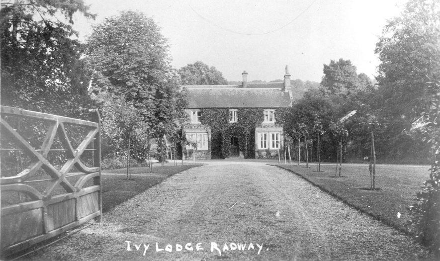 Ivy Lodge, Radway.  1907 |  IMAGE LOCATION: (Warwickshire County Record Office)