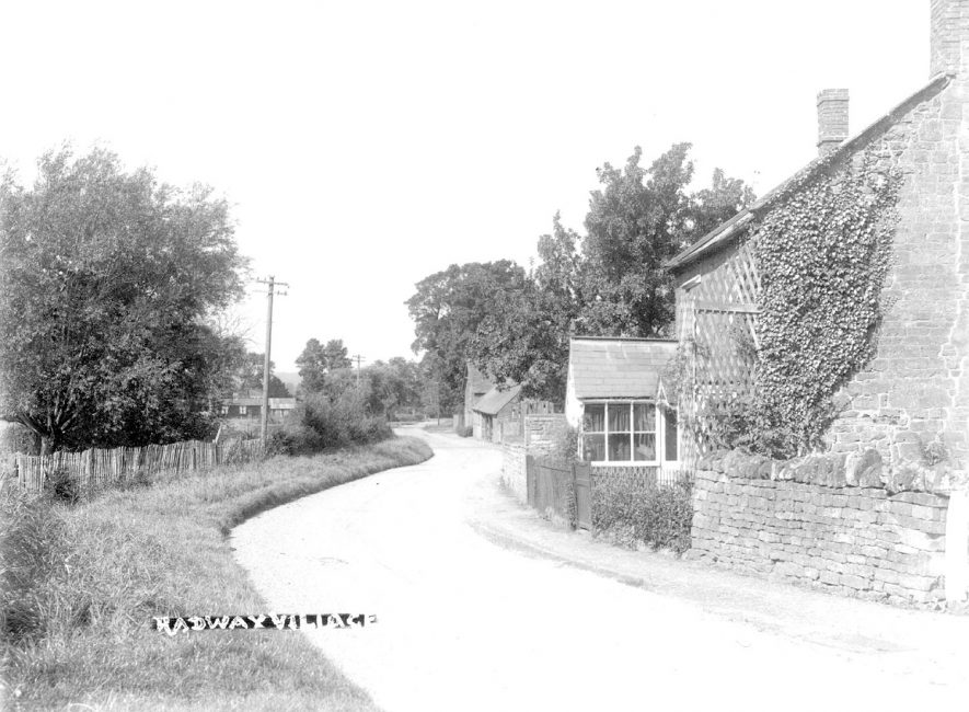 Village street with cottages in Radway.  1930s |  IMAGE LOCATION: (Warwickshire County Record Office)