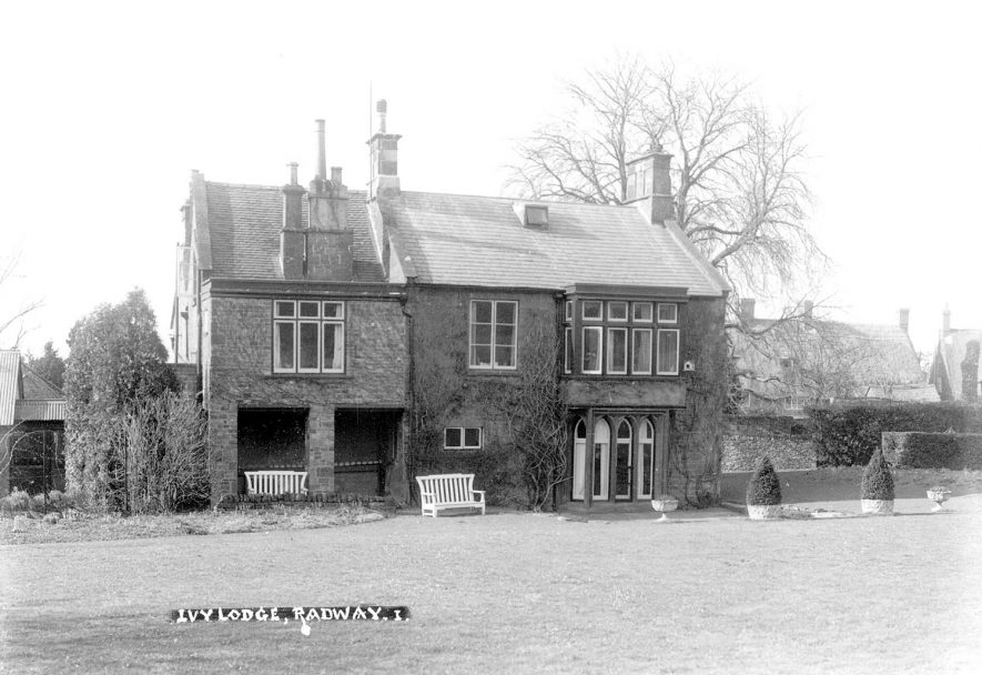 Ivy Lodge, Radway.  1930s |  IMAGE LOCATION: (Warwickshire County Record Office)