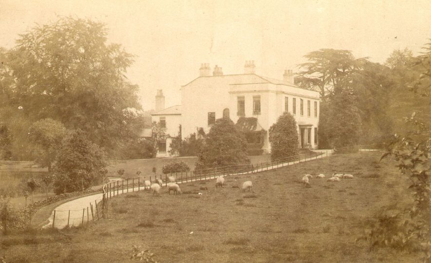 Morville Home, of Major and Mrs Armitage, Sherbourne.  1900s |  IMAGE LOCATION: (Warwickshire County Record Office)