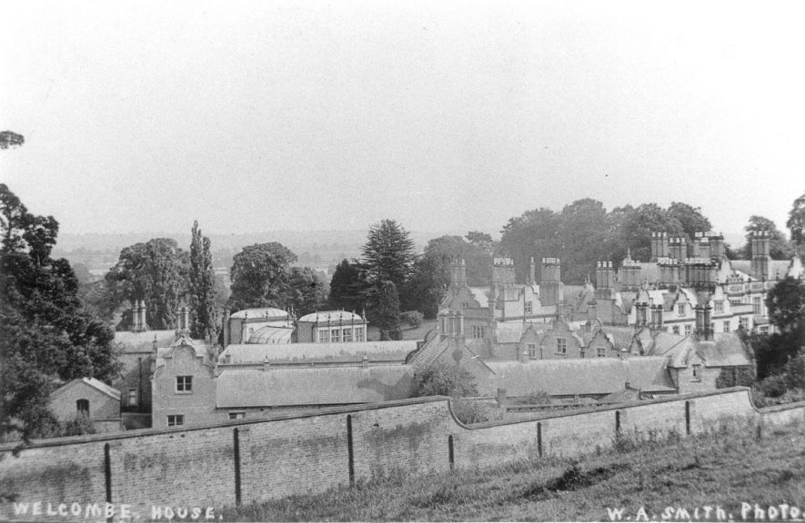 Welcombe House, rear view, Stratford upon Avon.  1910    IMAGE LOCATION: (Warwickshire County Record Office)