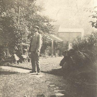 Warwick.  T Kemp in his Jury Street garden