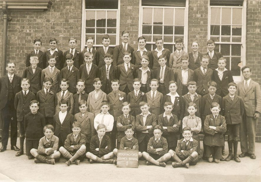 Group photograph of class 1 at Stockingford Council School, Nuneaton.  1920s |  IMAGE LOCATION: (Warwickshire County Record Office)