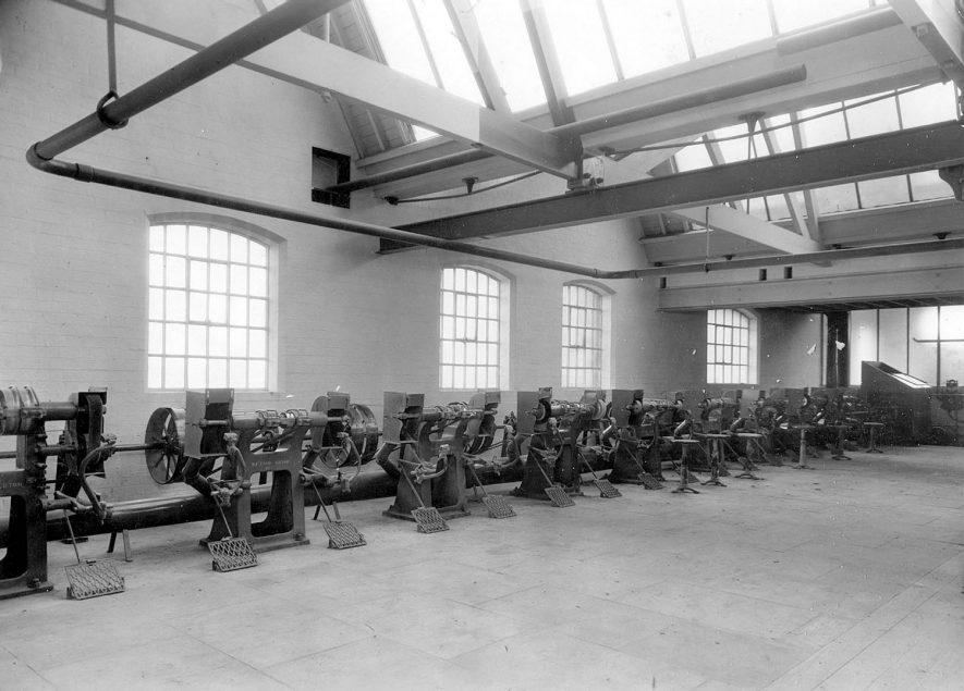 Machinery at Luckman and Pickering's hat factory, Bedworth.  1920s |  IMAGE LOCATION: (Warwickshire County Record Office)