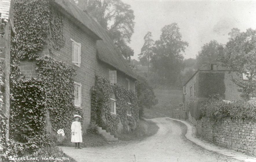 A village street, Warmington.  1900s |  IMAGE LOCATION: (Warwickshire County Record Office)