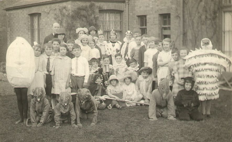 St Paul's Church children dressed in pantomime costume, Warwick.  1920s |  IMAGE LOCATION: (Warwickshire County Record Office)