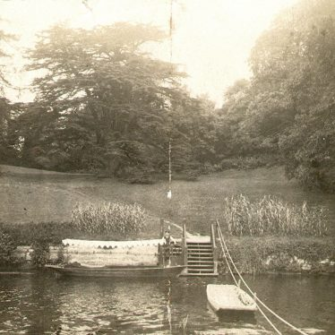 Warwick.  Castle grounds, electric boat