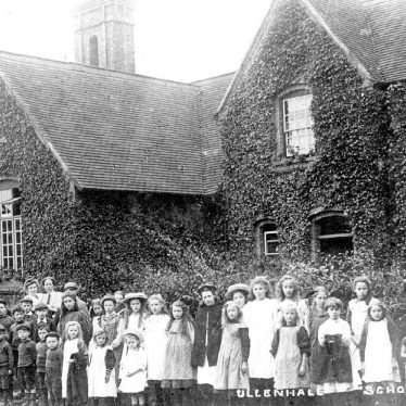 Ullenhall.  School photograph