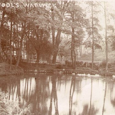 Warwick.  Priory Pools