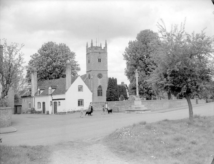 St Helen's church, cross and cottages, Clifford Chambers.  May 10th 1955 |  IMAGE LOCATION: (Warwickshire County Record Office)