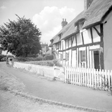 Clifford Chambers.  Thatched and timbered cottages