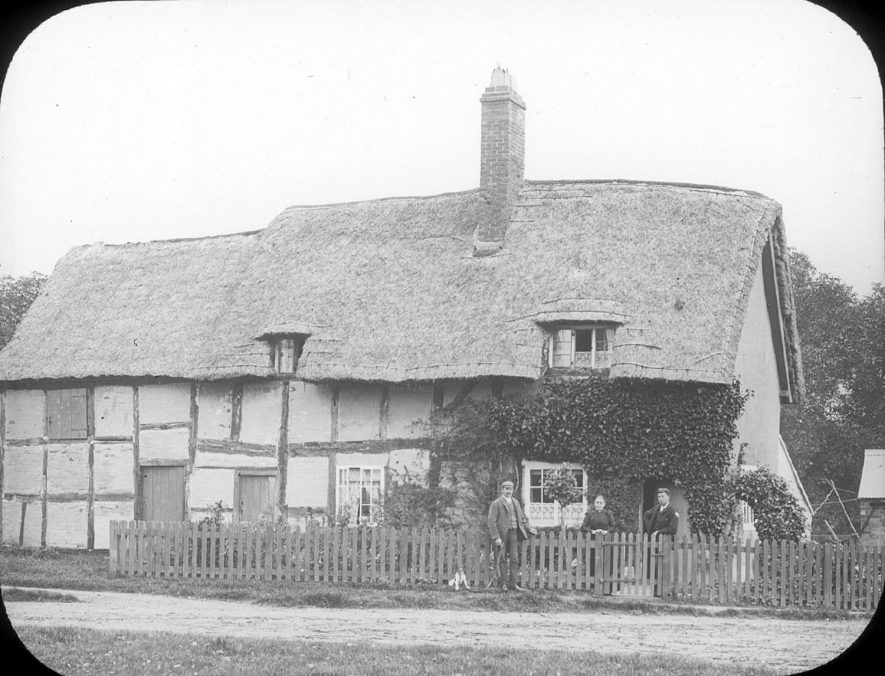 Thatched cottage with timber structure, Clifford Chambers.  1895 |  IMAGE LOCATION: (Warwickshire County Record Office)