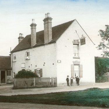 Clifford Chambers.  New Inn