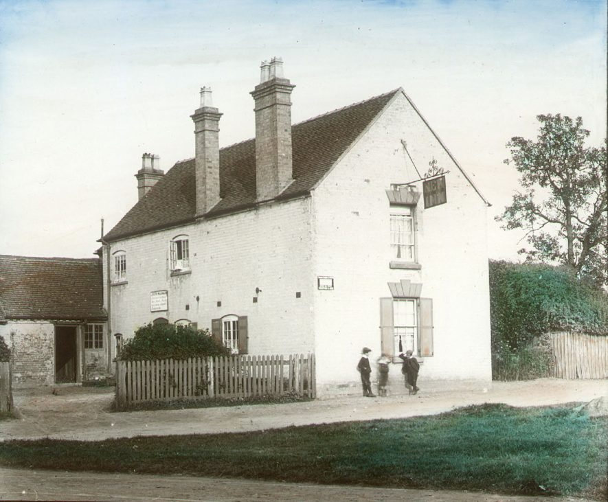The New Inn, Clifford Chambers.  1900s |  IMAGE LOCATION: (Warwickshire County Record Office)