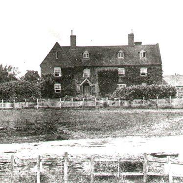Chesterton.  Ewefield Farm