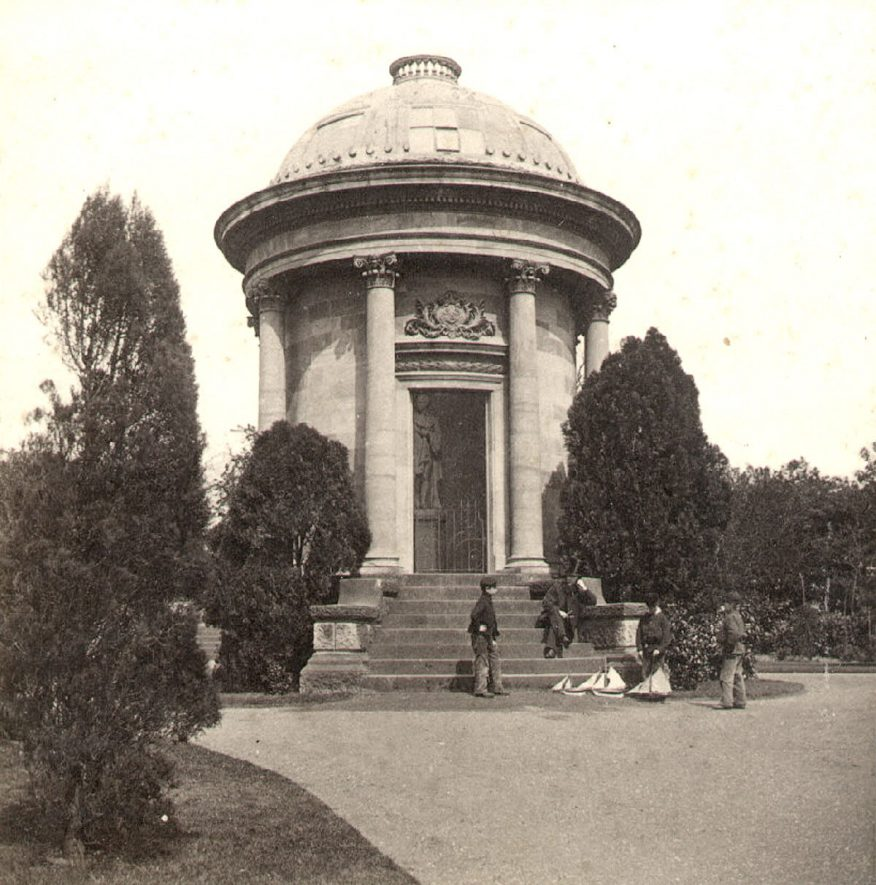 Monument to Dr Jephson in Jephson Gardens, Leamington Spa.  1860s |  IMAGE LOCATION: (Warwickshire County Record Office)
