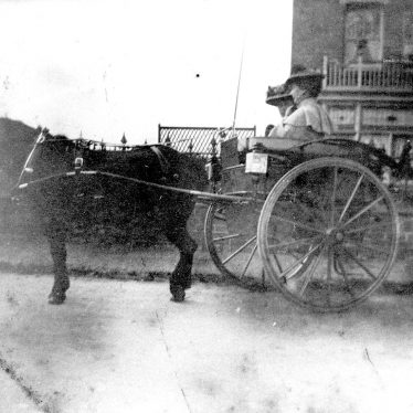Polesworth.  Pony and trap in Station Road