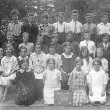 Kenilworth.  Roman Catholic School children