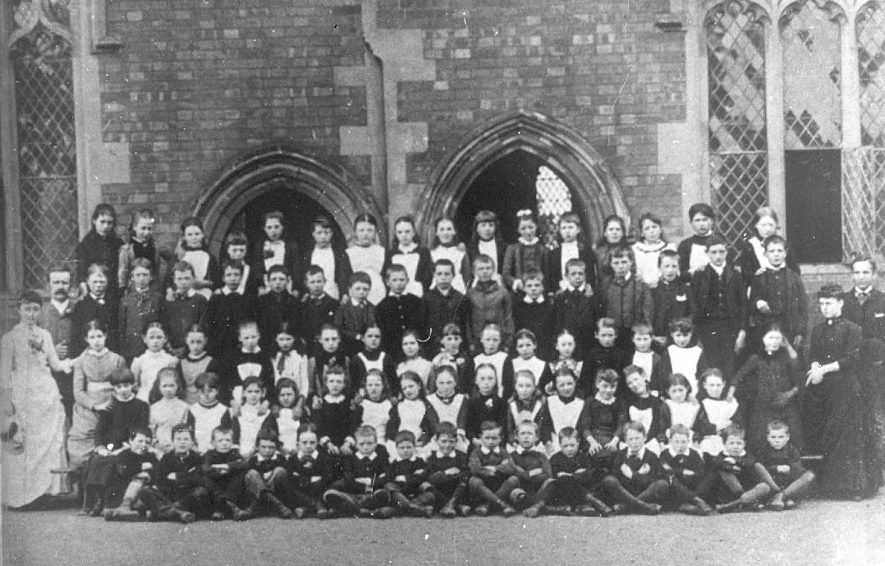 Cubbington  pupils & teachers outside school. Group photograph.  c. 1890 |  IMAGE LOCATION: (Warwickshire County Record Office)