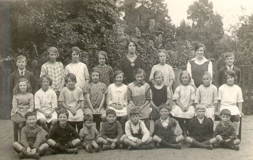 Temple Grafton Council School group photograph.  Senior girls and teacher.  1926 |  IMAGE LOCATION: (Warwickshire County Record Office)