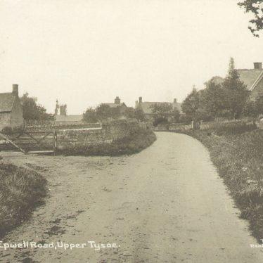 Tysoe.  Epwell Road