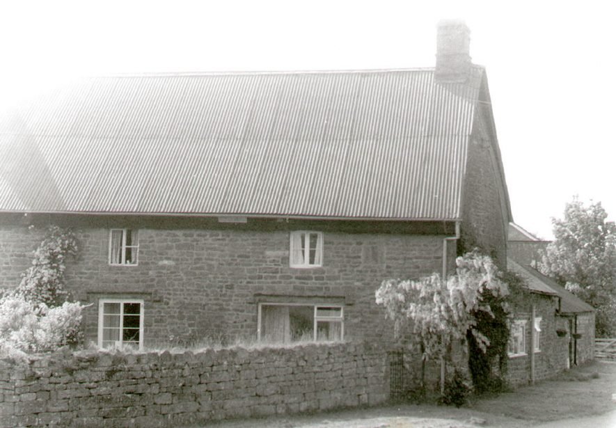 Badger's Farm house, Lower Tysoe.  1988 |  IMAGE LOCATION: (Warwickshire County Record Office)