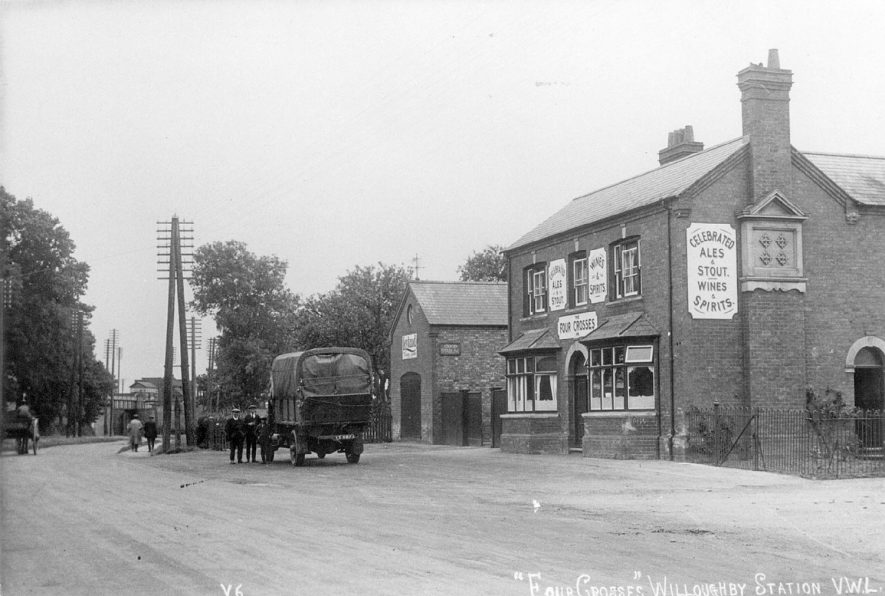 The Four Crosses Inn, Willoughby.  1920s |  IMAGE LOCATION: (Warwickshire County Record Office)