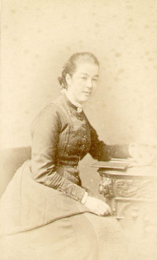 Mary Margaret Lowe, daughter of William Bevington Lowe and Rachel J. Lowe.  Ettington.  1890s |  IMAGE LOCATION: (Warwickshire County Record Office) PEOPLE IN PHOTO: Lowe, Mary Margaret, Lowe as a surname