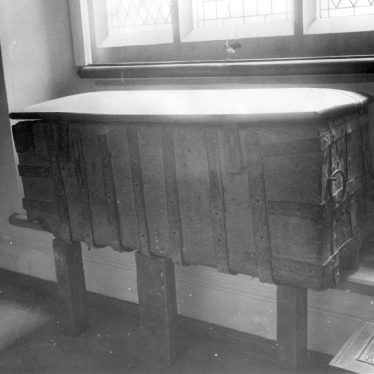 Clifford Chambers.  Old chest in St Helen's church