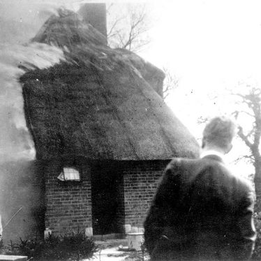 Clifford Chambers.  Monk's Barn farmhouse fire