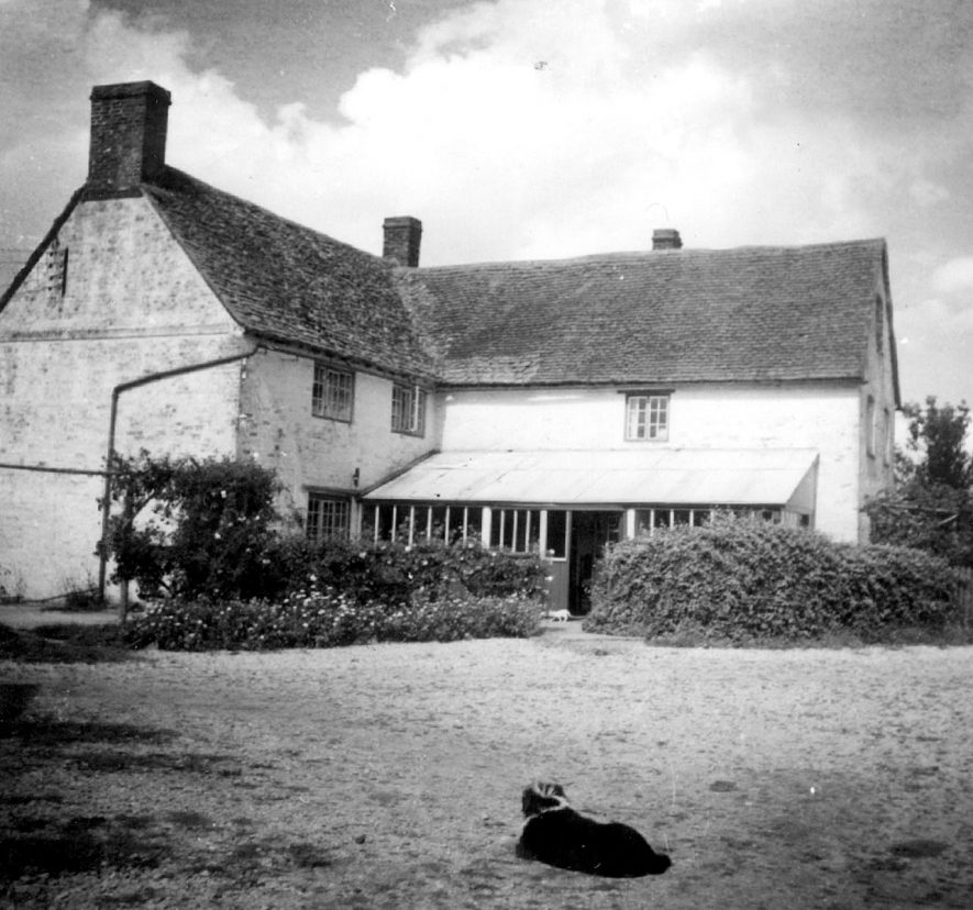 Exterior of Sheep Leys farmhouse, Clifford Chambers. This farm was originally owned by The Manor.  1950s |  IMAGE LOCATION: (Warwickshire County Record Office)