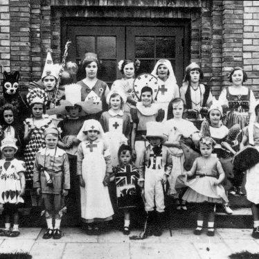 Clifford Chambers.  Children in fancy dress