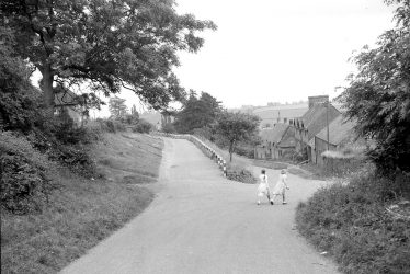 Grange House, Ratley Connections?