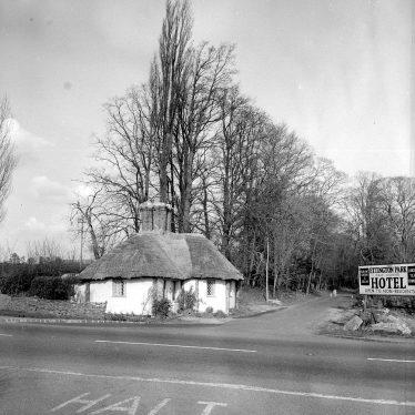 Ettington.  Ettington Park, lodge