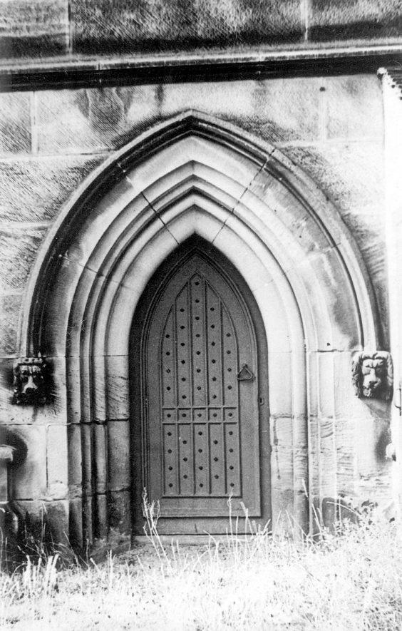 Grendon parish church door.  1900s.    IMAGE LOCATION: (Warwickshire County Record Office)